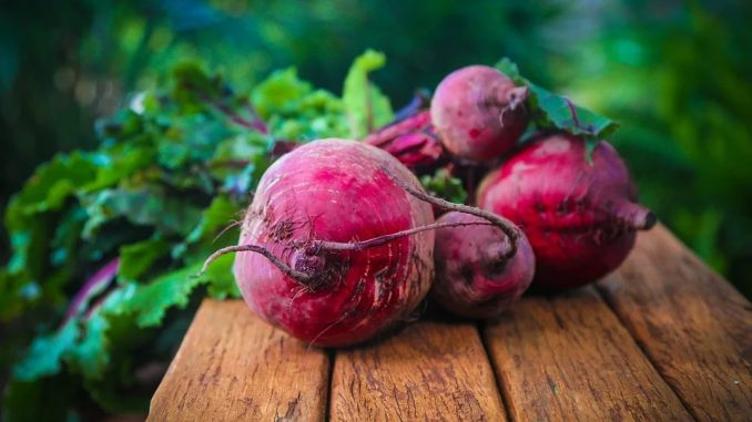 The Evidence-Based Health Benefits Of Beetroot Juice