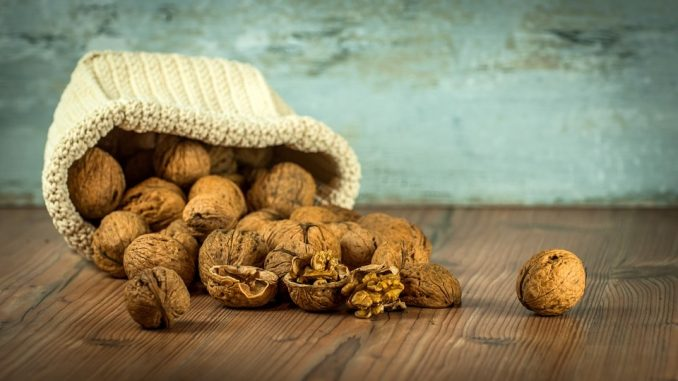 5 Heart Health Benefits Of Eating Walnuts